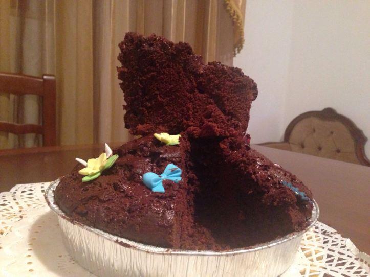 fetta di torta cioccolatosa