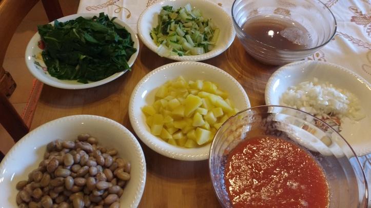 ingredienti per zuppa di bietola